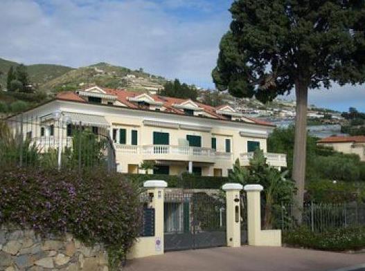 Стоит ли покупать недвижимость за рубежом ради получения вида на жительство?