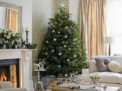 Ёлки с характером: стильные идеи оформления новогодней ёлки под настроение