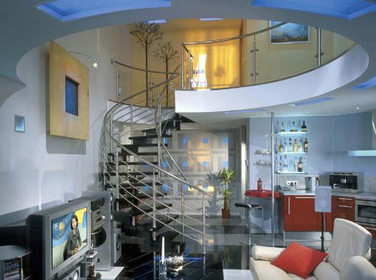 Второй слой: многоуровневые квартиры в Москве