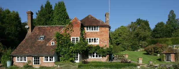 Посторонним В: дом Винни-Пуха выставлен на продажу в Англии - Фото