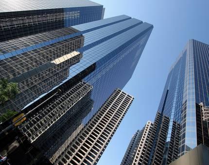 С начала года иностранные инвестиции в коммерческую недвижимость Москвы упали в 9 раз - Фото