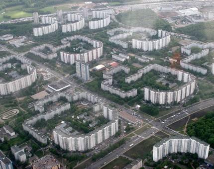 Шувалов не советует россиянам жить районах типа Ясенево и Крылатское - Фото