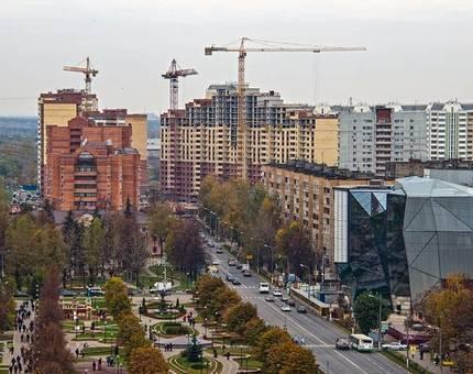 """КомСтрин объявила акцию """"Счастливый этаж"""" в ЖК «Центр Плюс» - Фото"""