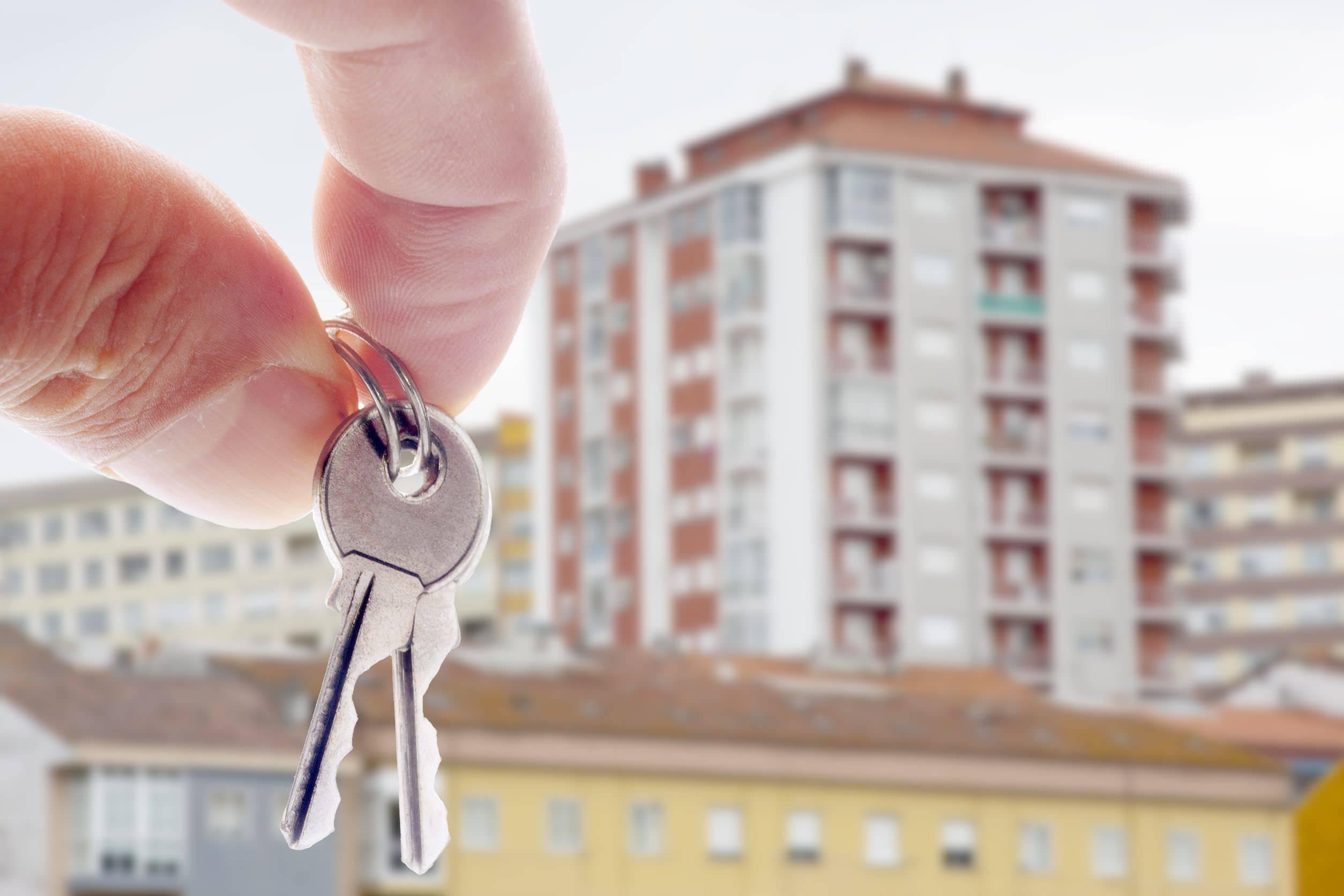 Россияне на покупку жилья за месяц набрали долгов на 70 миллиардов рублей