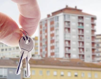 Россияне на покупку жилья за месяц набрали долгов на 70 миллиардов рублей - Фото