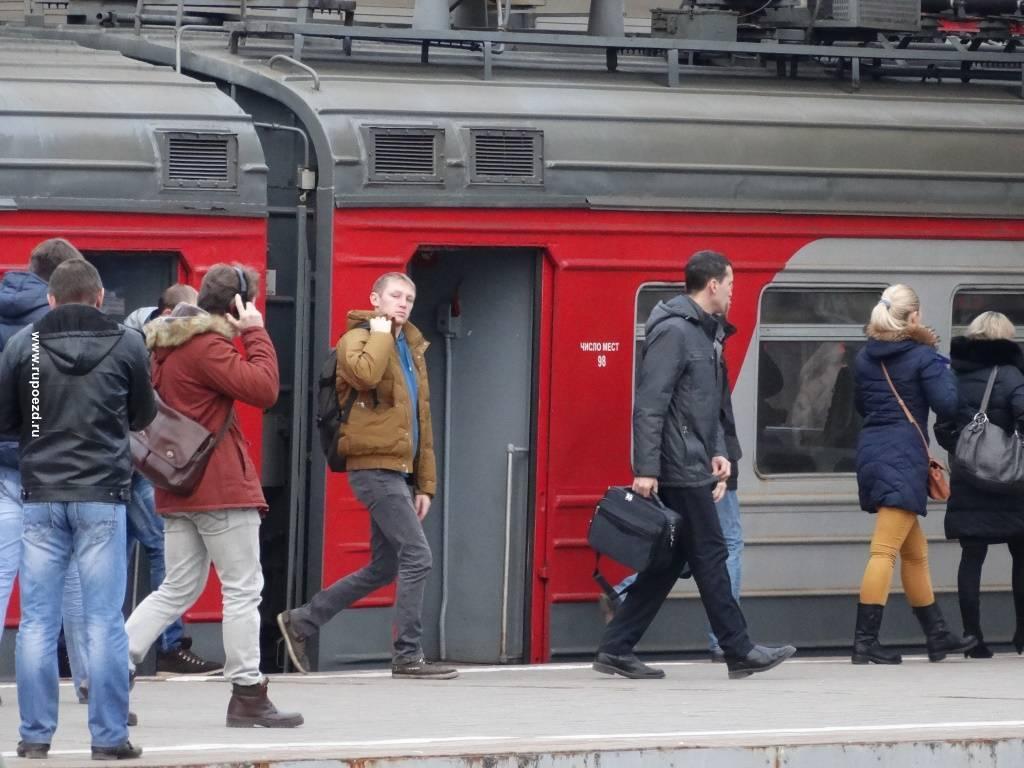 С поездов дальнего следования пассажиры смогут пересаживаться на МЦК
