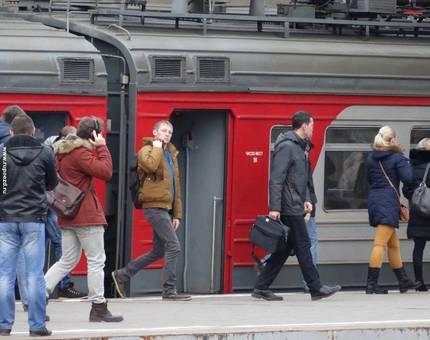 С поездов дальнего следования пассажиры смогут пересаживаться на МЦК - Фото
