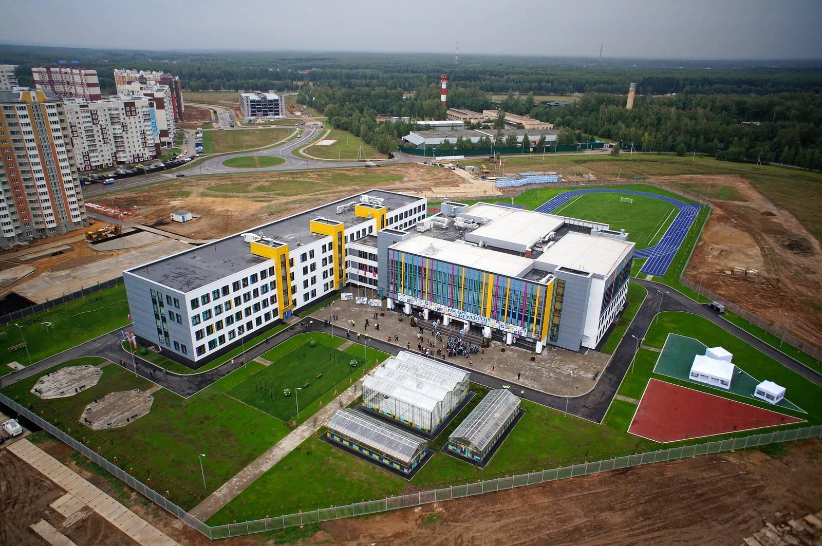В Новой Москве инвесторы за год возведут 13 соцобъектов