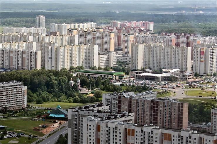 Для обслуживания ипотеки семья москвичей должна зарабатывать минимум 107 тысяч рублей