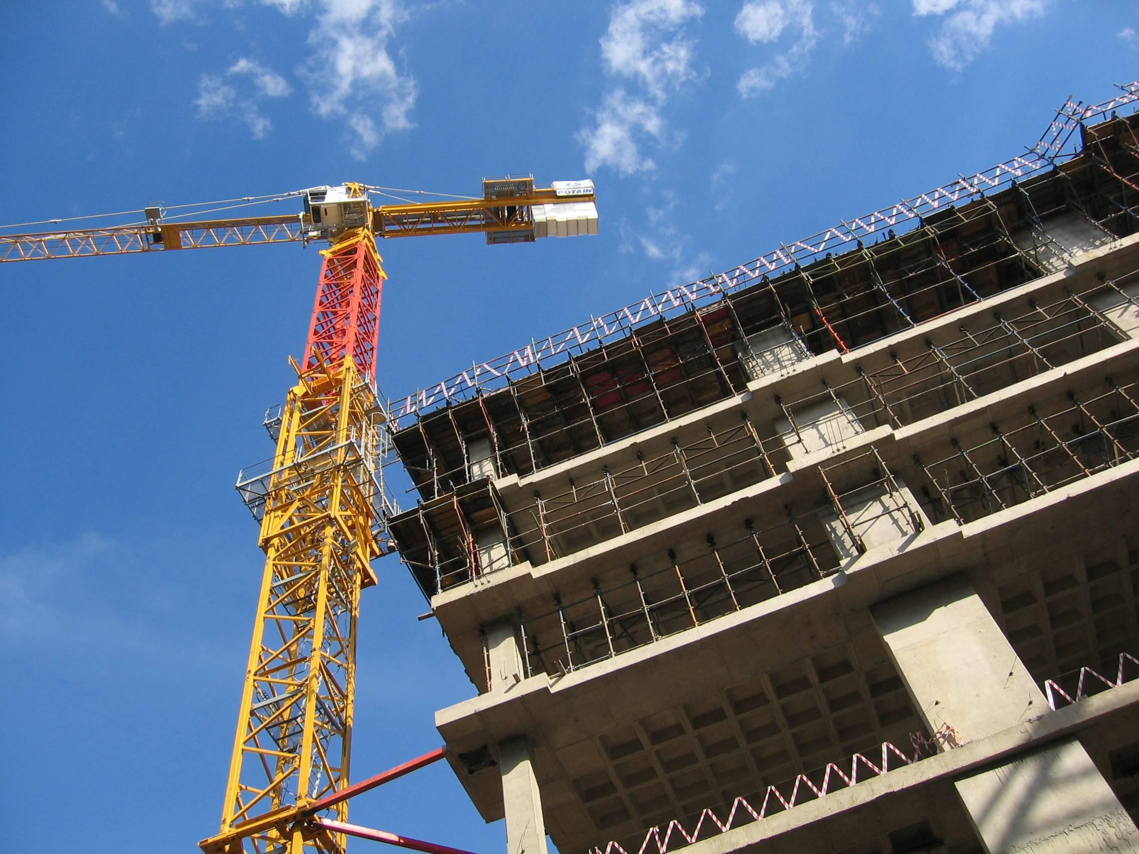 В Москве перенесены сроки сдачи более половины жилых комплексов