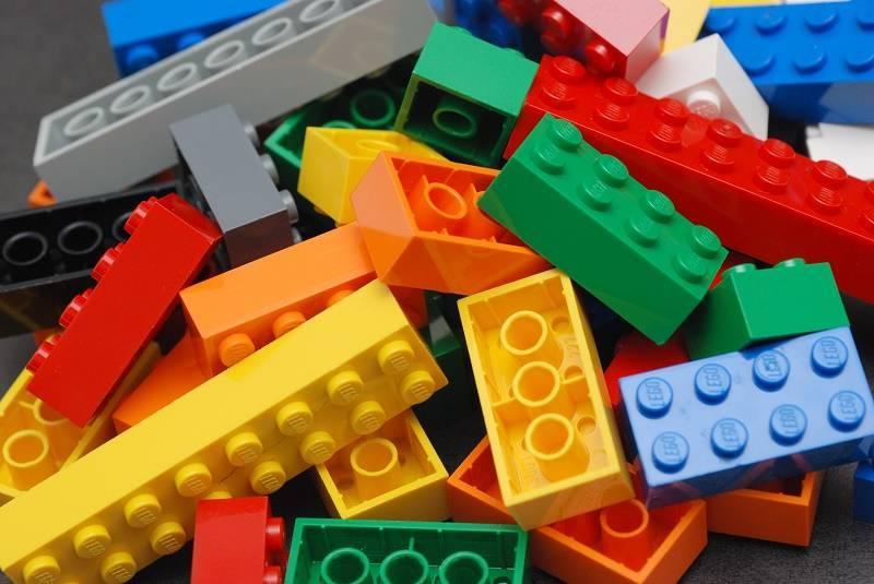 В ОАЭ возвели самую высокую в мире Lego-башню