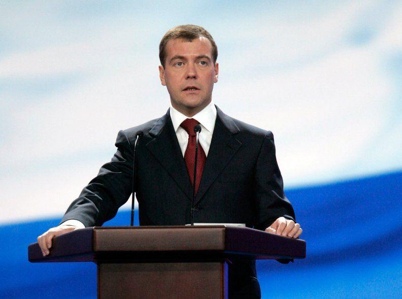 Медведев предлагает софинансирование строительства жилья на селе