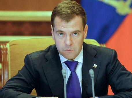 Медведев подписал закон, упрощающий процедуру госучета зданий и сооружений