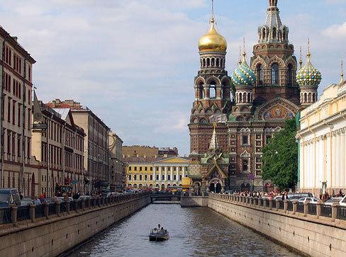 Идея объединения Петербурга и Ленинградской области требует серьезного анализа