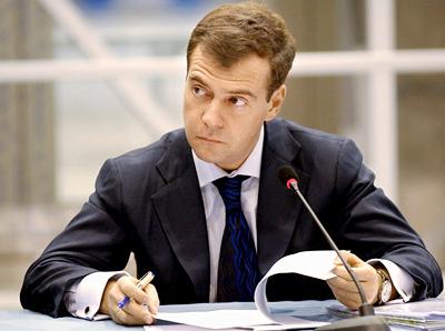 Медведев призвал строить больше инфраструктурных спортивных объектов