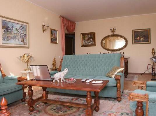 Самая дорогая аренда квартиры в Москве за 2012 год  составила 35 тысяч долларов в месяц