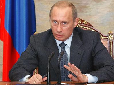 Владимир Путин обещает решить проблему с обеспечением жильем ветеранов в 2011 году