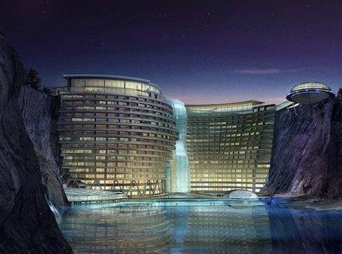 Отель в отвесной скале начали строить в Китае