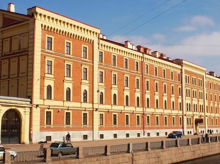 Здания казарм Морского Гвардейского экипажа дождались реставрации