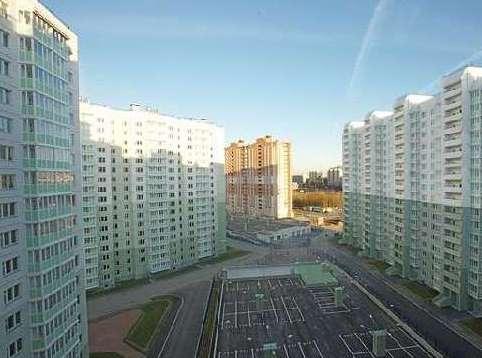 Администрация Петербурга собралась купить квартиры для нуждающихся по нереальным ценам