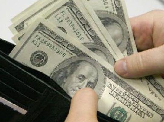 Хозяева съемных квартир устанавливают цены в долларах и евро