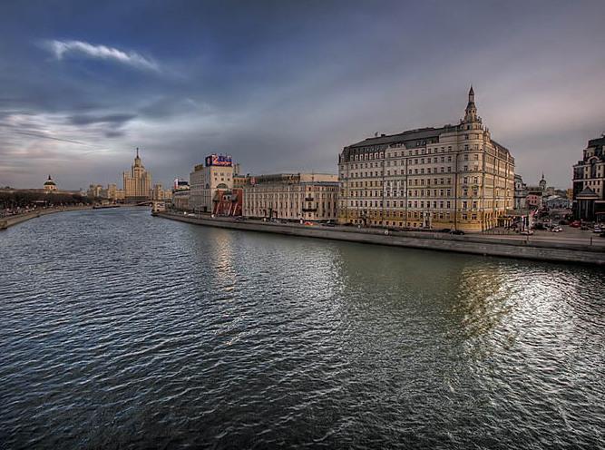 Самая дешевая квартира в новостройке на первой линии у воды стоит 5,4 млн рублей