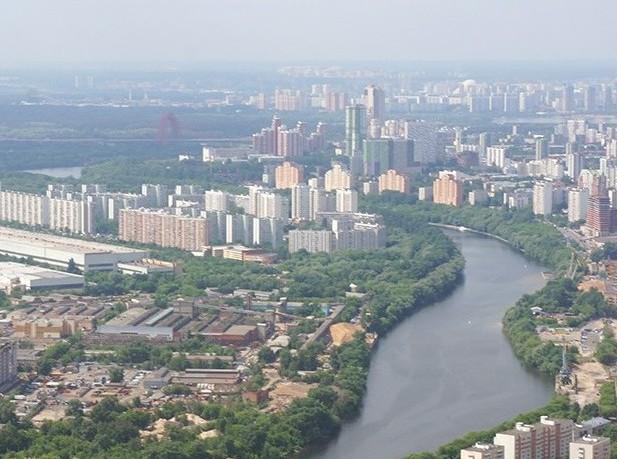 Москва осталась в десятке самых дорогих городов мира для жизни и работы