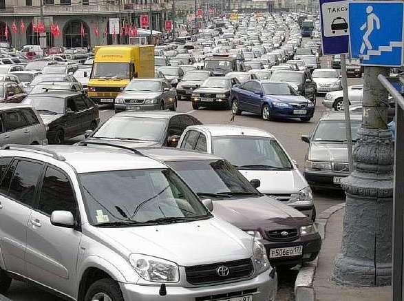 Стоимость платных парковок в Подмосковье обсудят с жителями