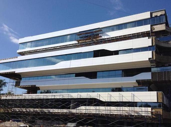 В столице открылось первое здание по проекту Захы Хадид
