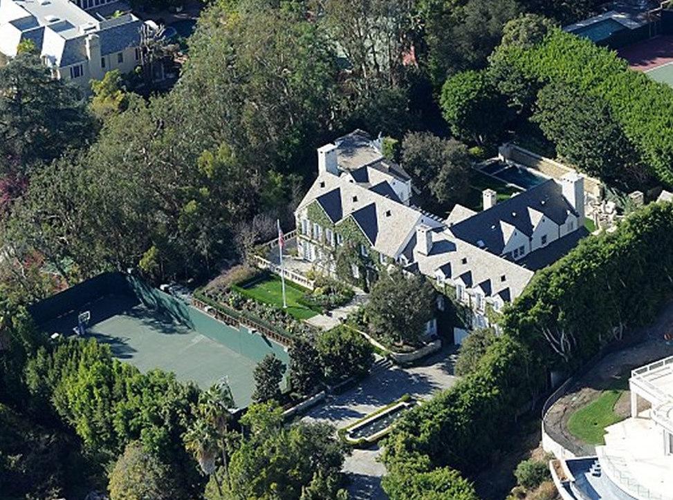 Ева Лонгория купила особняк Тома Круза на Голливудских холмах