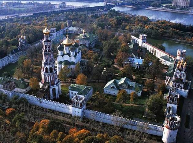 Завершено благоустройство улиц у Новодевичьего монастыря
