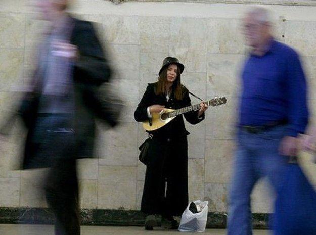 В столичном метро появятся специальные места для музыкантов