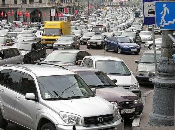 Платные парковки дали столичному бюджету более 5 млрд рублей