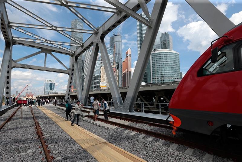 Московская кольцевая железная дорога готова на 80%