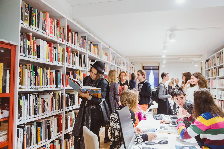 В столичных библиотеках появятся кафе