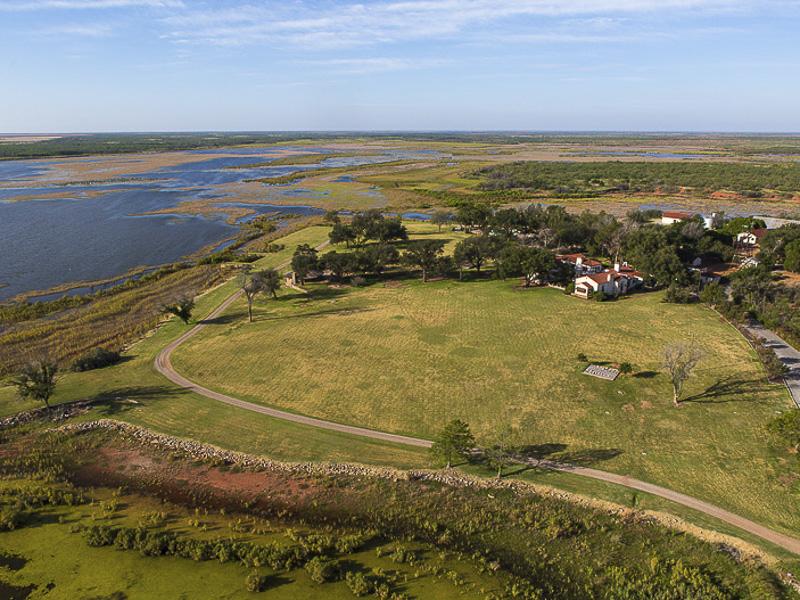 В США продано ранчо, превышающее по площади Лос-Анджелес и Нью-Йорк