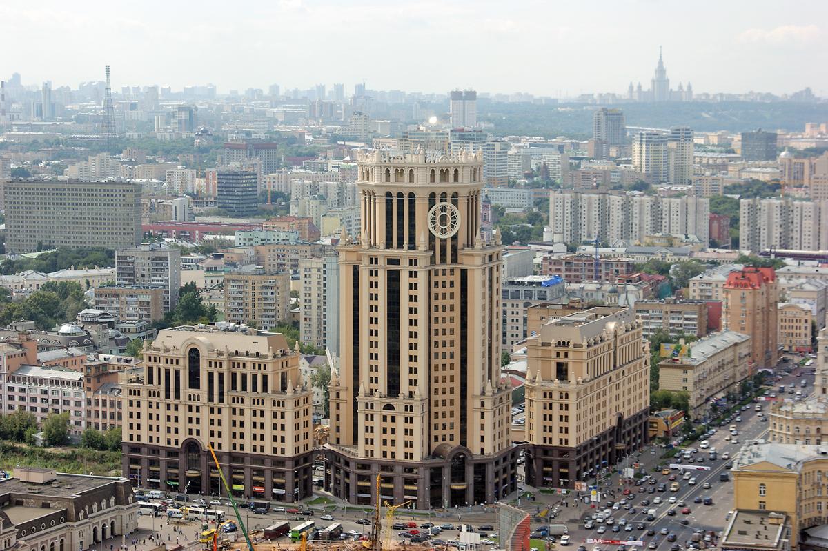 На Павелецкой площади появится «Аллея тишины»
