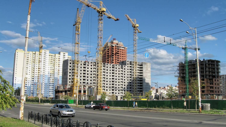 Цена на новостройки упали в половине крупных российских городов
