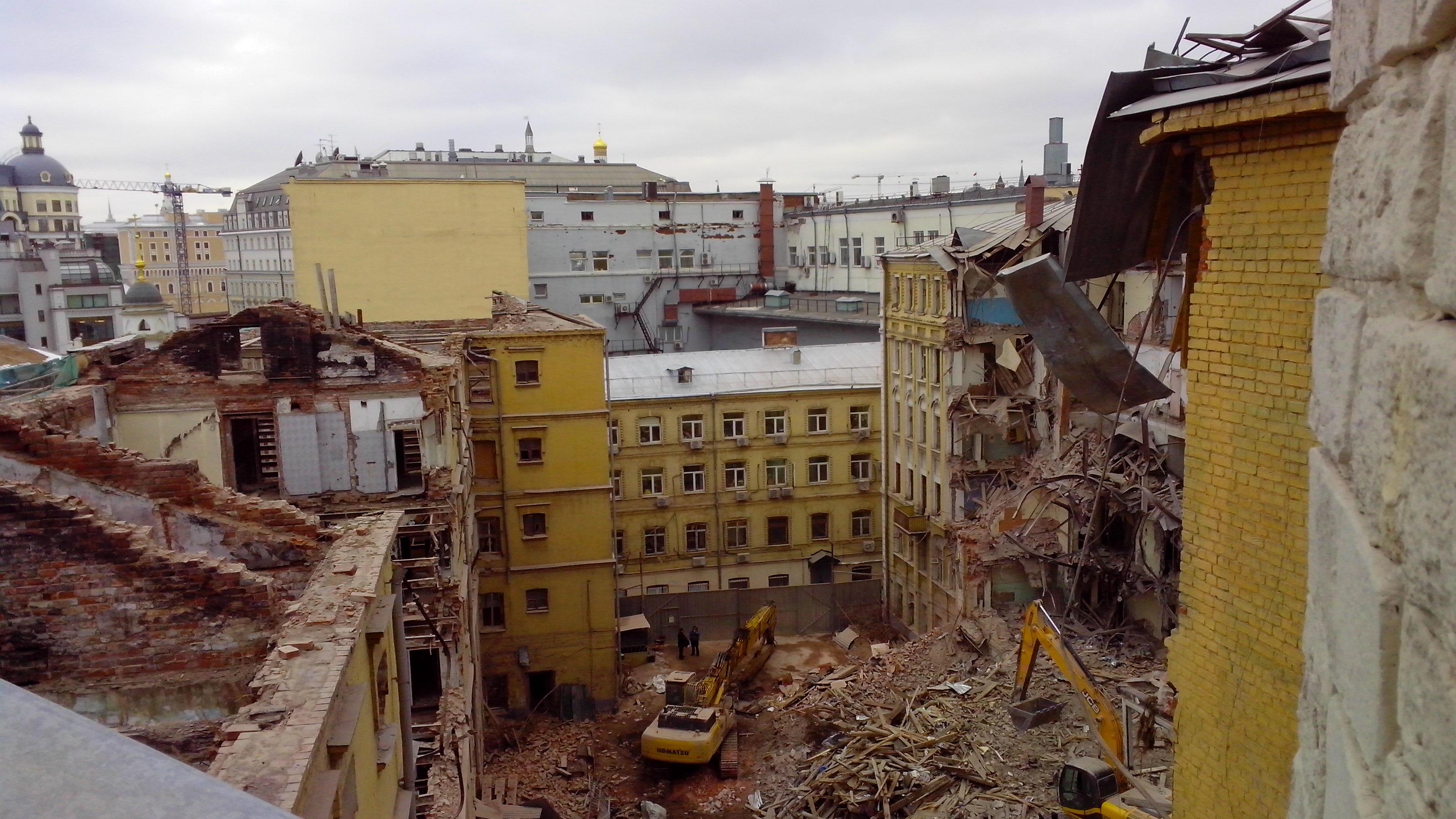 В Москве могут запретить сносить здания, возведенные до 1917 года