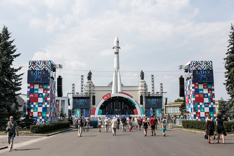 Реставрация павильона «Космос» на ВДНХ завершится через год