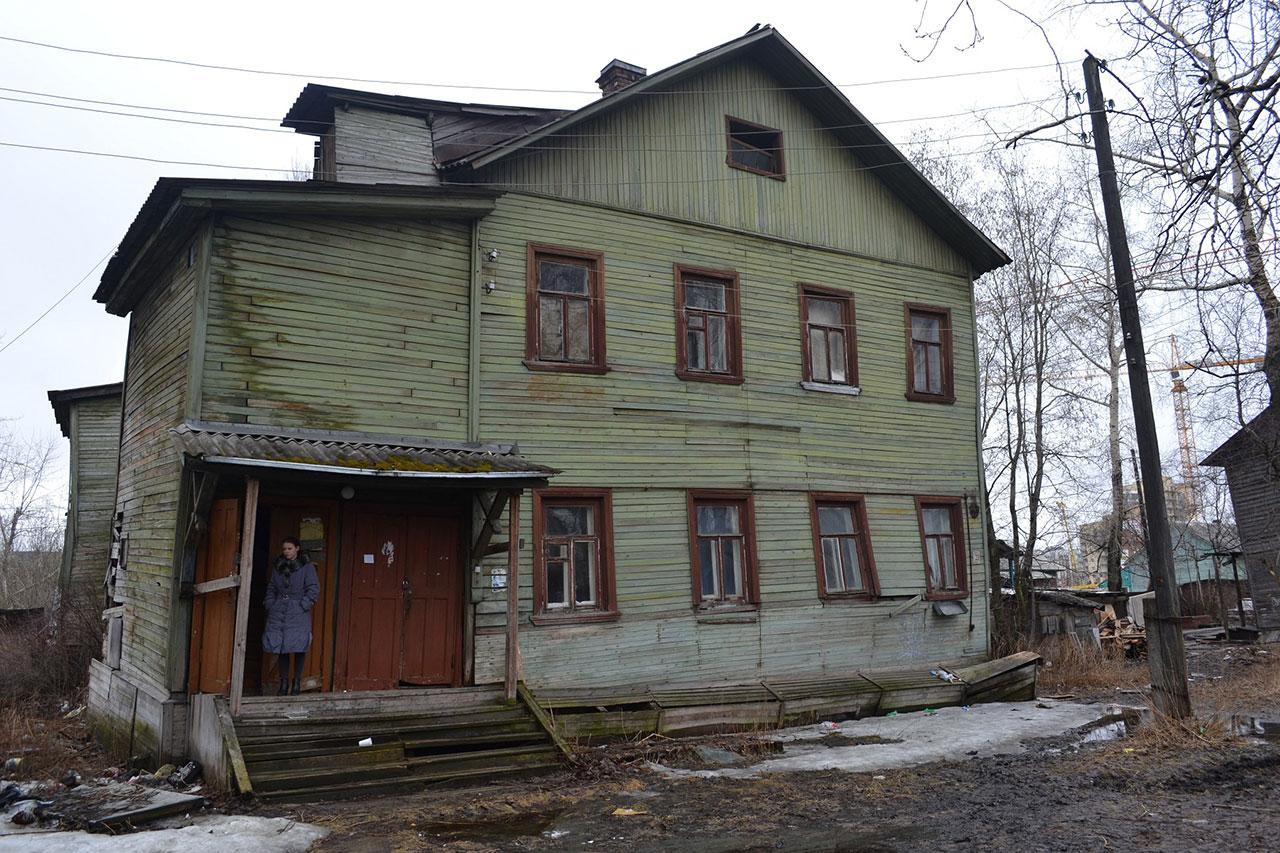 Российские власти осенью предложат постоянный механизм ликвидации аварийного жилья