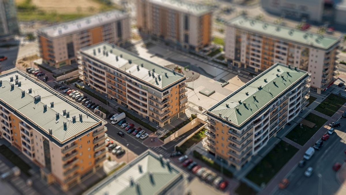 «Жилье для российской семьи» остается приоритетом Минстроя