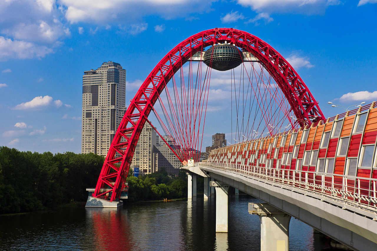 В Москве до 2020 года появится 15 новых мостов