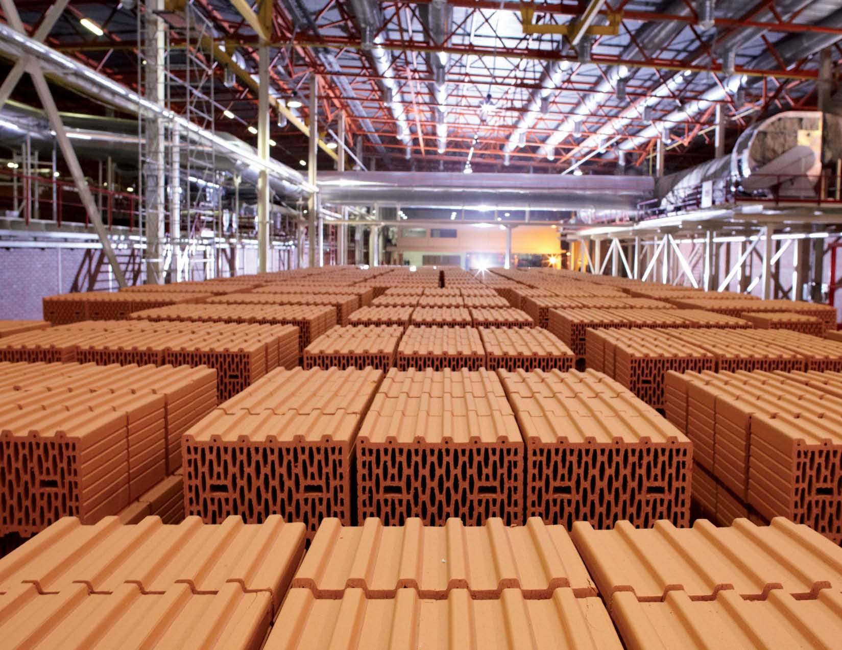 Отдельные российские производители стройматериалов зависят от импорта оборудования на 90%