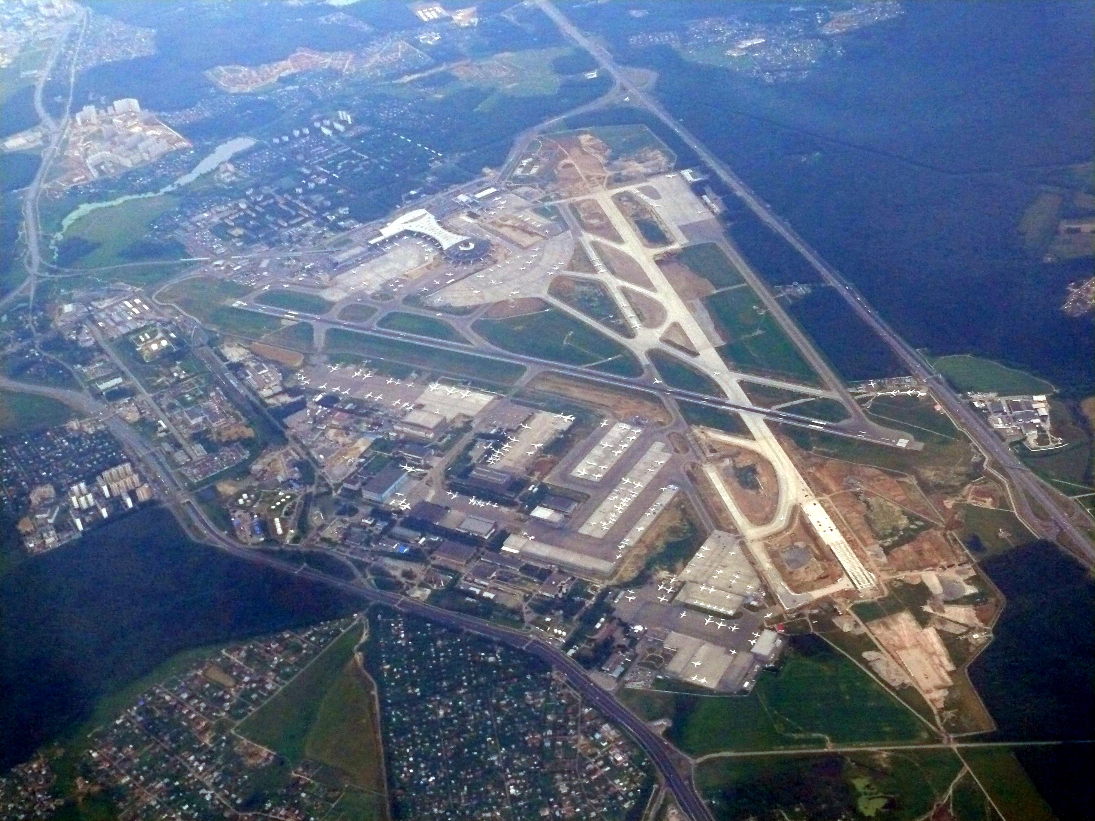 Подъезд к аэропорту Внуково станет шире