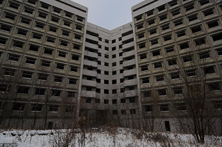 В России насчитывается порядка 600 проблемных строящихся домов