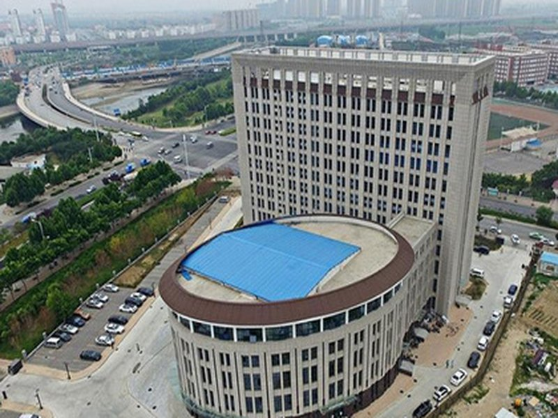 Китайцы возвели двенадцатиэтажный «унитаз»