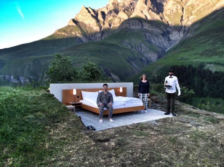 В Швейцарии начал работу отель под открытым небом