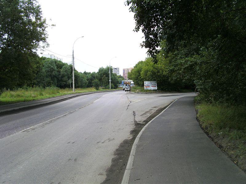 На месяц закроется одна полоса движения на улице Войкова