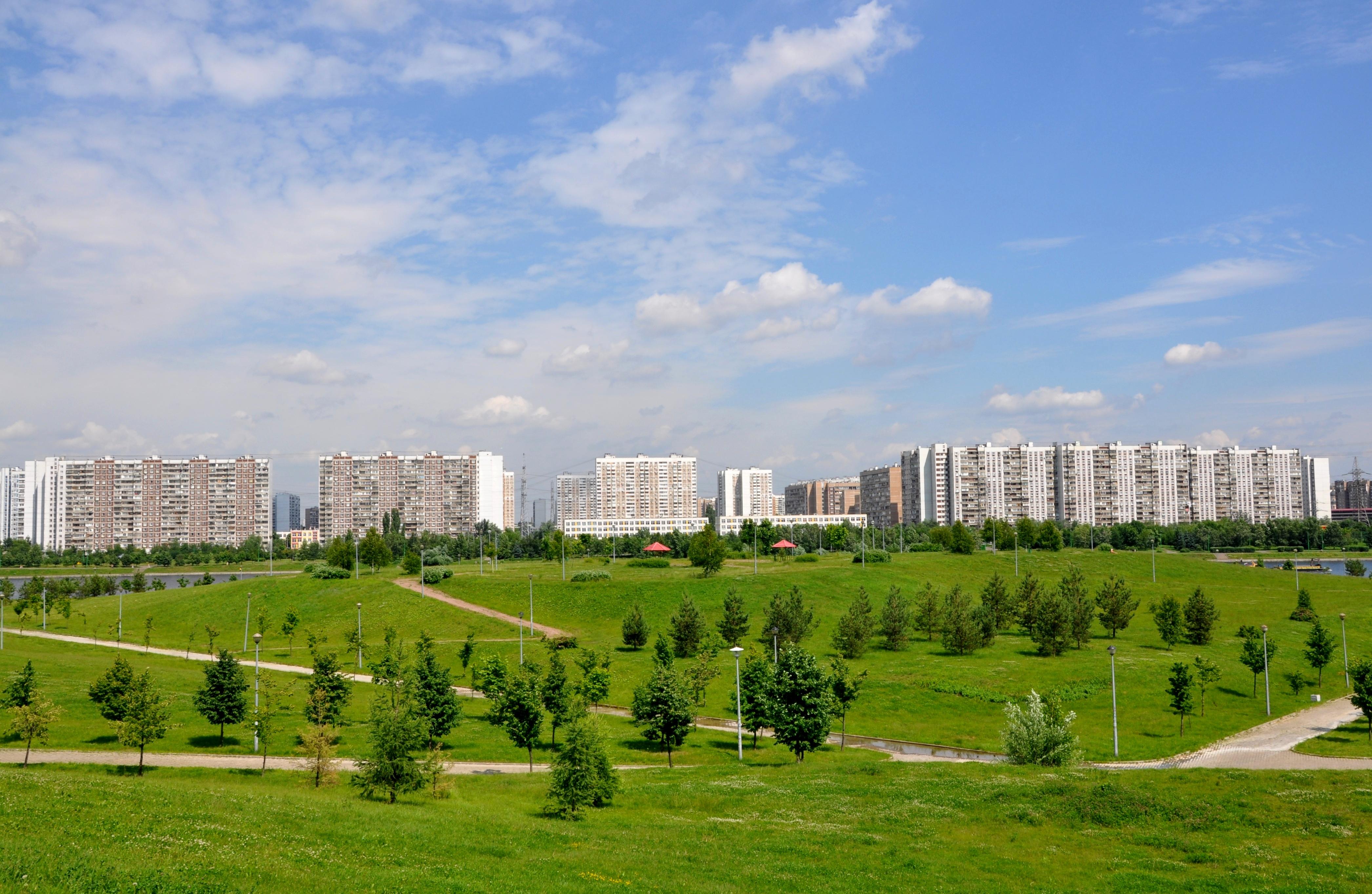 В Москве завершено благоустройство Братеевского парка